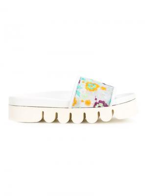 Открытые сандалии с цветочной вышивкой Joshua Sanders. Цвет: белый