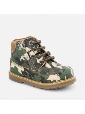 Ботинки Mayoral. Цвет: зеленый