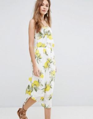 Moon River Платье на тонких бретельках с бантом и лимонами. Цвет: мульти