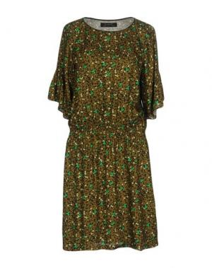 Короткое платье KRISTINA TI. Цвет: зеленый-милитари