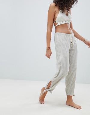 Billabong Пляжные брюки. Цвет: бежевый