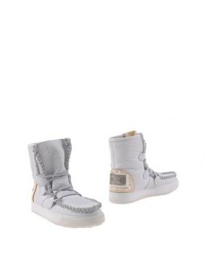 Полусапоги и высокие ботинки KARMA OF CHARME. Цвет: белый