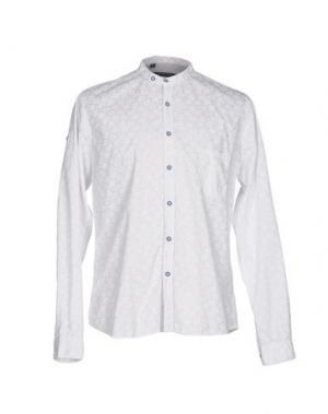 Pубашка JULIAN KEEN. Цвет: белый