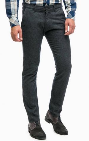 Серые зауженные брюки с содержанием шерсти Wrangler. Цвет: серый
