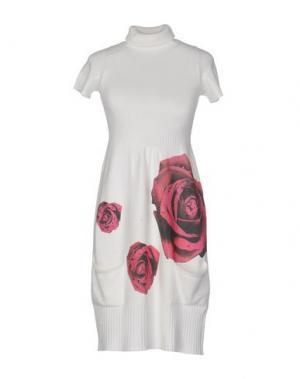 Короткое платье EAN 13. Цвет: пурпурный