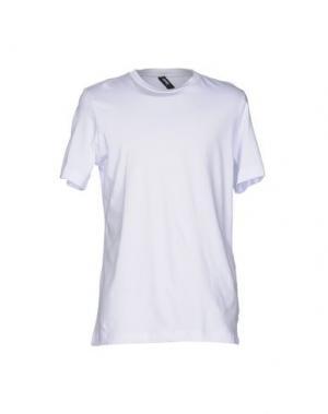 Футболка OMC. Цвет: белый