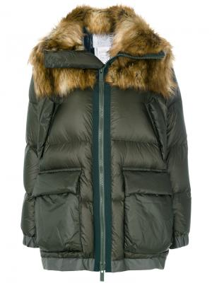 Куртка-пуховик Sacai. Цвет: зелёный