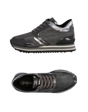 Низкие кеды и кроссовки APEPAZZA. Цвет: серый