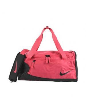 Дорожная сумка NIKE. Цвет: фуксия