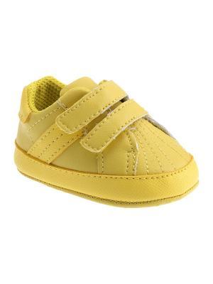 Кроссовки CHICCO. Цвет: желтый