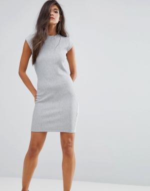 Supertrash Платье с пуговицами на плечах Debra. Цвет: серый