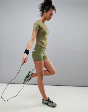 ASOS 4505 Короткие спортивные шорты. Цвет: зеленый