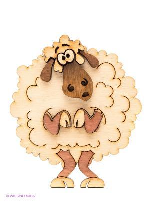 Магнит деревянный Скромная овечка Kawaii Factory. Цвет: молочный, светло-коричневый