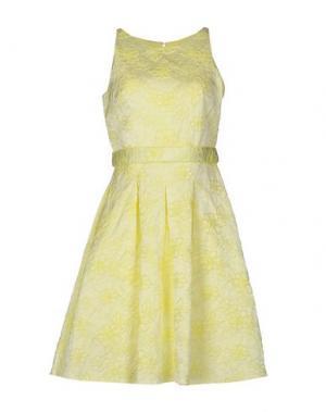 Платье до колена MUSANI COUTURE. Цвет: желтый