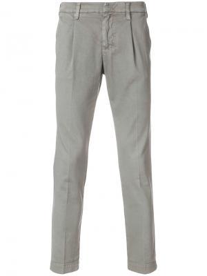 Зауженные брюки-чинос Entre Amis. Цвет: серый