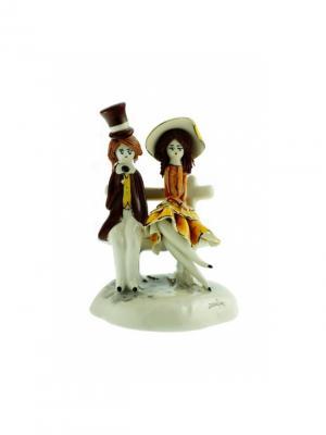 Статуэтка Пара на скамье Zampiva. Цвет: коричневый, белый, желтый