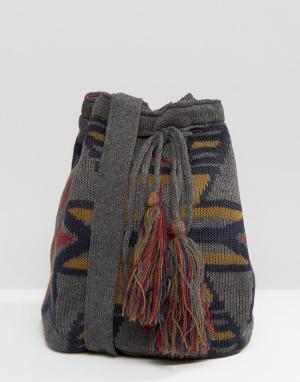 Hat Attack Вязаная сумка. Цвет: серый