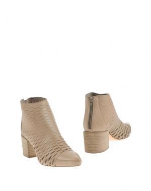 Полусапоги и высокие ботинки STRATEGIA. Цвет: голубиный серый