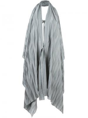 Пальто без рукавов с жатым эффектом Masnada. Цвет: серый