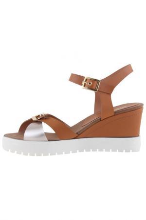 Wedge sandals Sienna. Цвет: beige