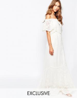 White Sand Платье с открытыми плечами из цветочного кружева Juliet