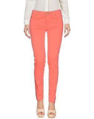 Повседневные брюки HTC. Цвет: коралловый