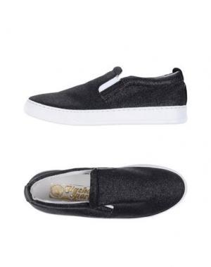 Низкие кеды и кроссовки GIACKO. Цвет: черный