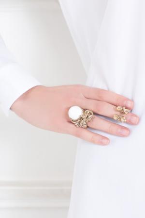 Бронзовое кольцо с агатом Bernard Delettrez. Цвет: бронзовый, белоснежный, белый