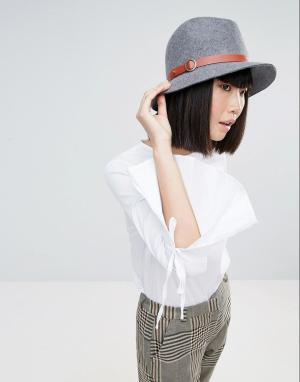 Eugenia Kim Серая фетровая шляпа с бежевой отделкой Genie by Jordan. Цвет: серый