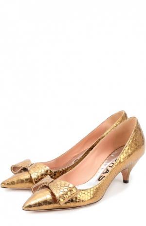 Туфли из металлизированной кожи с бантом Rochas. Цвет: золотой