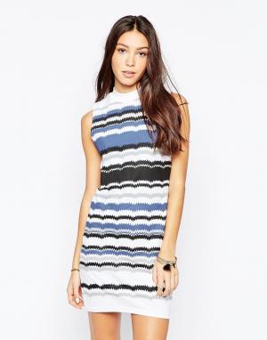 Your Eyes Lie Облегающее платье без рукавов с принтом в полоску. Цвет: темно-синий