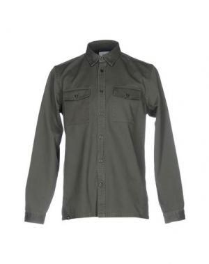 Pубашка WESC. Цвет: зеленый-милитари