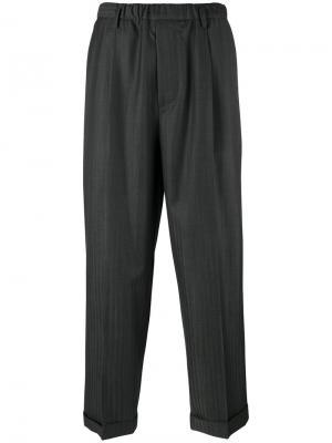 Укороченные брюки Lucio Vanotti. Цвет: серый