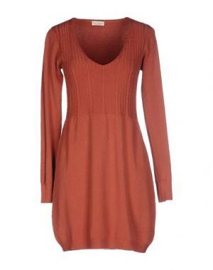 Короткое платье CASHMERE COMPANY. Цвет: кирпично-красный