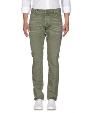 Джинсовые брюки REIGN. Цвет: зеленый-милитари