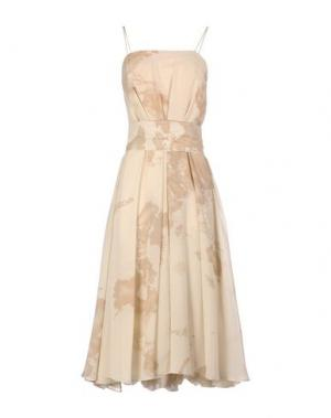 Платье длиной 3/4 ALVIERO MARTINI 1A CLASSE. Цвет: бежевый