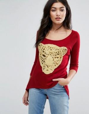 Jasmine Футболка с вышитым леопардом. Цвет: красный