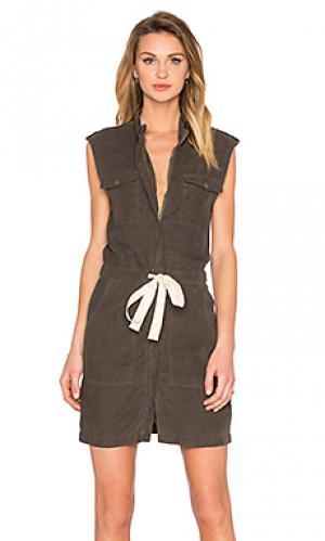 Платье без рукавов Enza Costa. Цвет: оливковый