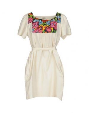 Короткое платье INTROPIA. Цвет: слоновая кость
