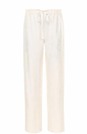Шелковые брюки с фактурной отделкой The Row. Цвет: белый