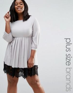 Praslin Платье с плиссированной юбкой и кружевной кромкой Plus. Цвет: серый