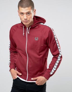Fred Perry Темно-красная спортивная куртка Sports Authentic. Цвет: красный