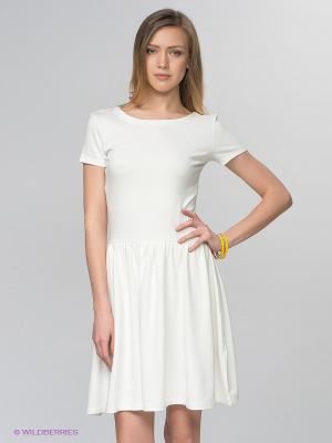 Платье Camelot. Цвет: белый