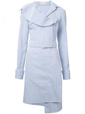 Полосатое платье с поясом Monse. Цвет: синий