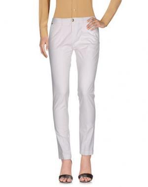 Повседневные брюки CRUCIANI. Цвет: белый