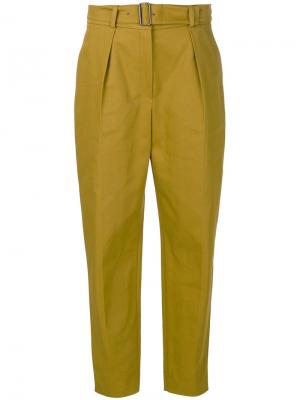 Классические брюки с ремнем Kenzo. Цвет: коричневый