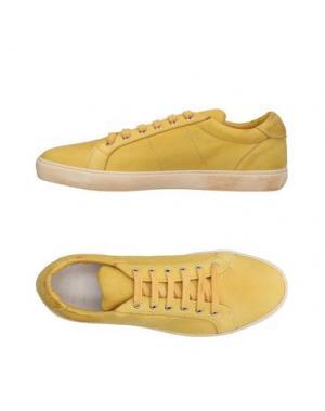 Низкие кеды и кроссовки PANTOFOLA D'ORO. Цвет: желтый