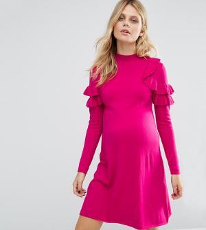 ASOS Maternity Платье-джемпер для беременных с рюшами на плечах. Цвет: розовый