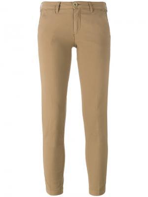 Укороченные брюки Barba. Цвет: телесный