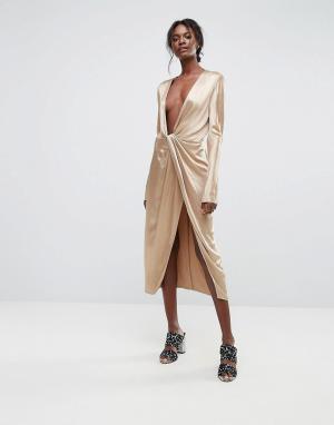 Bec & Bridge Платье с глубоким вырезом. Цвет: золотой